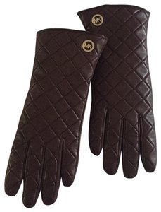 Michael Kors Quilted Michael Kors leather gloves