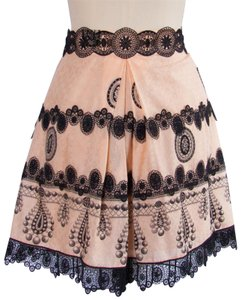 Anna Sui New With Tags Size 10 And Black Lace Print Pleating Mini Skirt Pale Peach