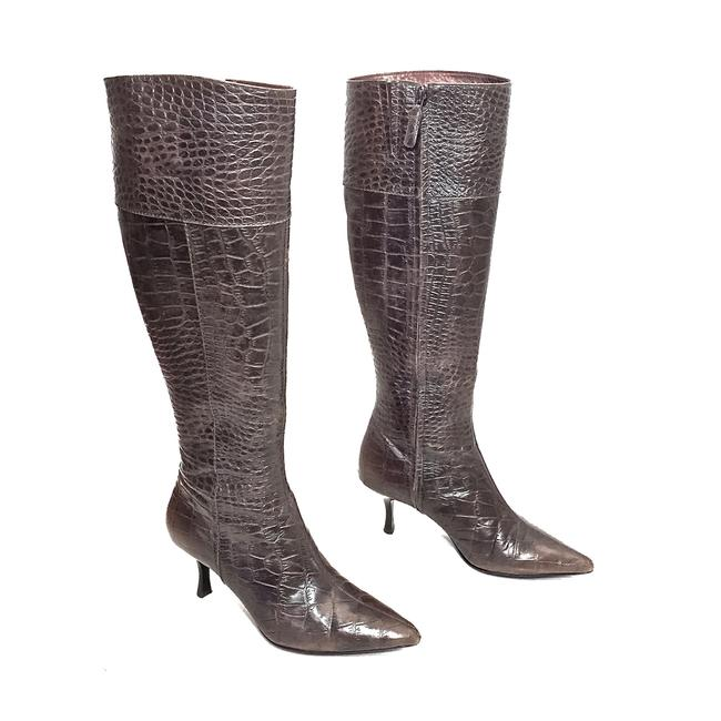 Item - Brownish Grey Crocodile Embossed Leather Knee High Zip Up Pointed Boots/Booties Size US 7 Regular (M, B)