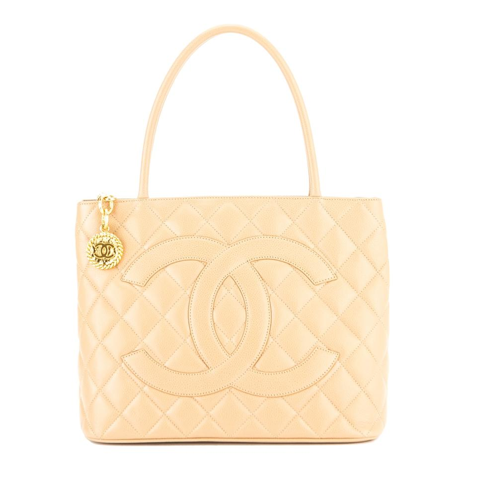 4c47de6fd064 Chanel Médallion Quilted Leather 3843013 Beige Caviar Tote - Tradesy