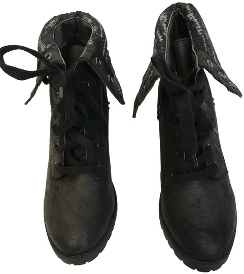 Preload https://img-static.tradesy.com/item/24492505/black-lace-up-akle-with-rubber-sole-bootsbooties-size-us-7-regular-m-b-0-1-540-540.jpg
