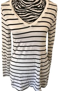 Zenana Outfitter Top white, blue