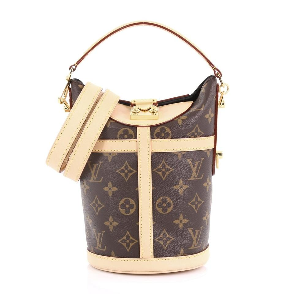 d54000f6cc Louis Vuitton Monogram Duffle M43587 Limited Edition Cross Body Bag Image 0  ...