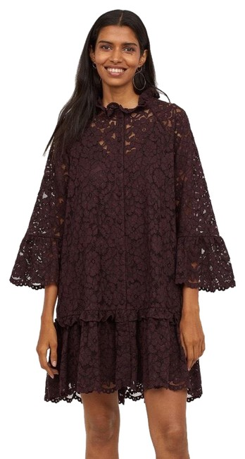Preload https://img-static.tradesy.com/item/24492710/h-and-m-burgundy-wide-cut-ruffle-sleeve-lace-shift-short-casual-dress-size-16-xl-plus-0x-0-1-650-650.jpg