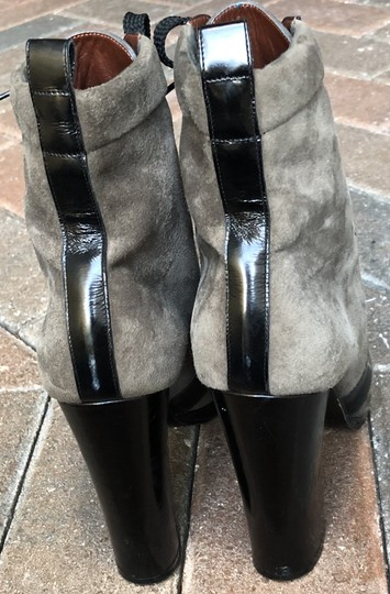 Marc by Marc Jacobs Suede Black Leather Platform Grey Boots Image 3