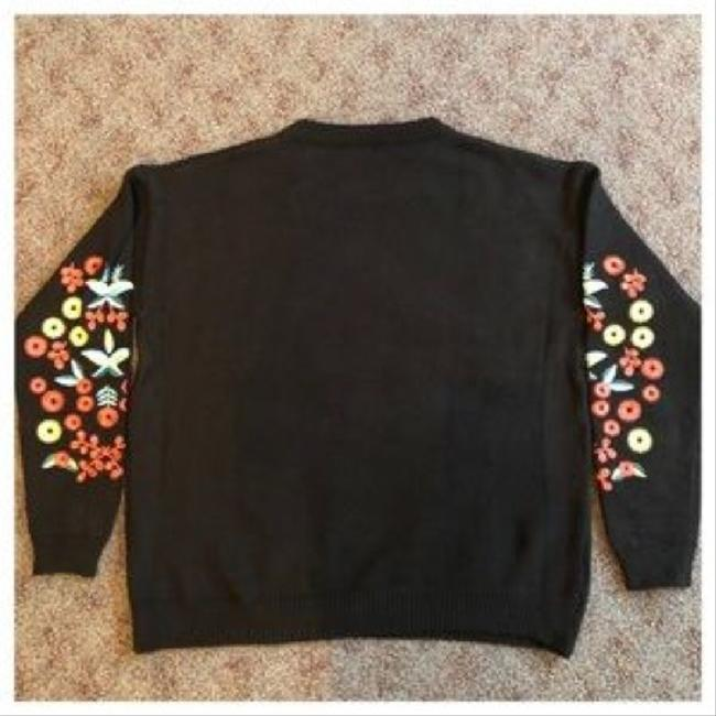 ME Boutiques Private Label Collection Sweater Image 5