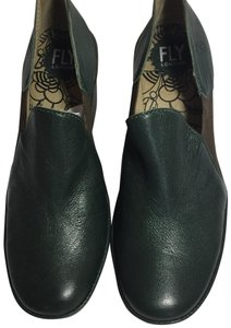 FLY London Uk Chelsea Moss Green Boots