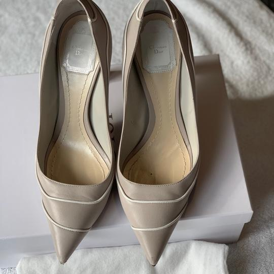 Christian Dior Signature Heel Pump pearl/white Pumps Image 1