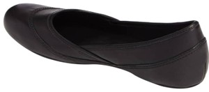 Merrell Round Toe Slip On Leather Uppers Mesh Lining Grip Sole Black Flats