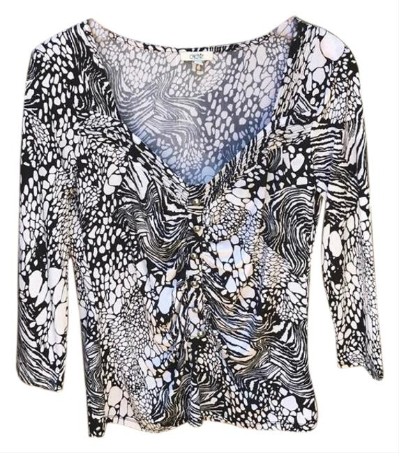 Preload https://img-static.tradesy.com/item/24494216/cache-printed-blouse-armpit-to-armpit-17-in-shoulder-to-hem-23-in-tee-shirt-size-8-m-0-1-650-650.jpg