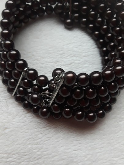 Other Vintage Four row pearl choker Image 1