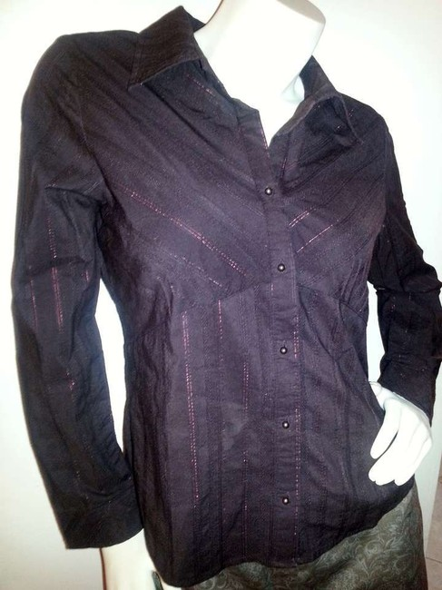 Faded Glory Deep Wine Long Sleeve Button-down Top Size 8 (M) Faded Glory Deep Wine Long Sleeve Button-down Top Size 8 (M) Image 1