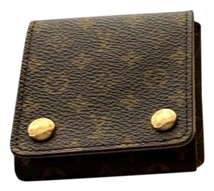 f21bb2f21d50 Louis Vuitton Makeup Cases - Up to 70% off at Tradesy