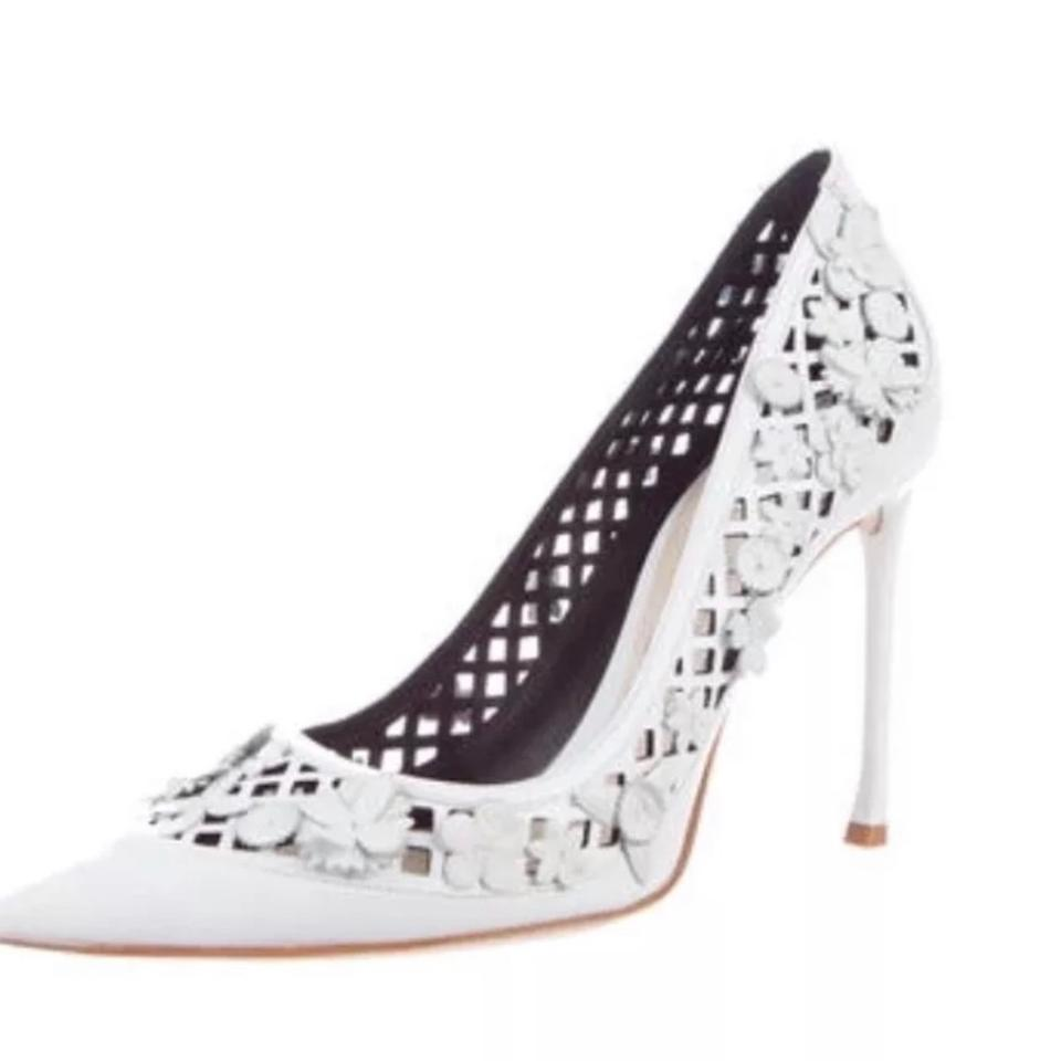 02453627539 Dior White Christian Flore Laser Cut Pumps Size EU 38.5 (Approx. US ...