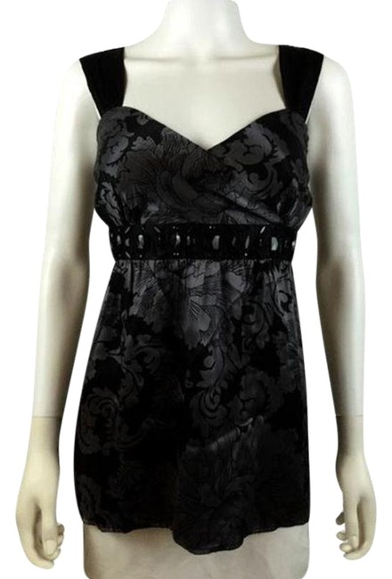 Preload https://img-static.tradesy.com/item/24498073/silk-size-small-sku-000024-black-gray-top-0-1-650-650.jpg