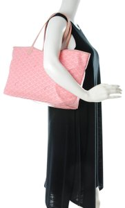 Goyard Neverfull Chevron Rare Limited Tote in Pink