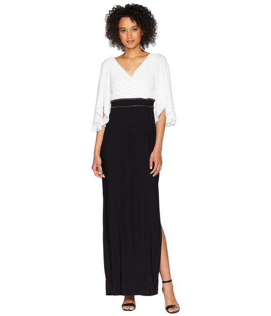 Item - Black/White Jersey Elbow Sleeve V-neck Beaded Gown Long Formal Dress Size 2 (XS)