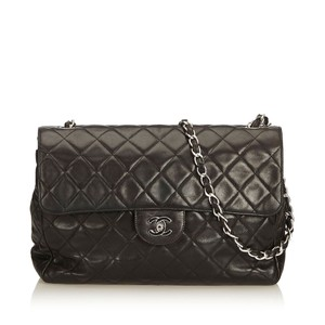 Chanel 8kchsh010 Shoulder Bag