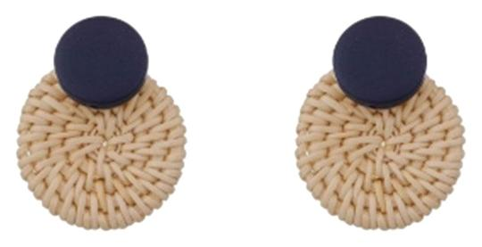 Preload https://img-static.tradesy.com/item/24498956/rattan-black-basket-circle-statement-earrings-0-1-540-540.jpg