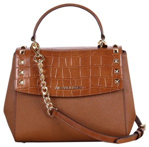 180f868f86365 Michael Kors Signature Bags   Accessories - Up to 80% off at Tradesy