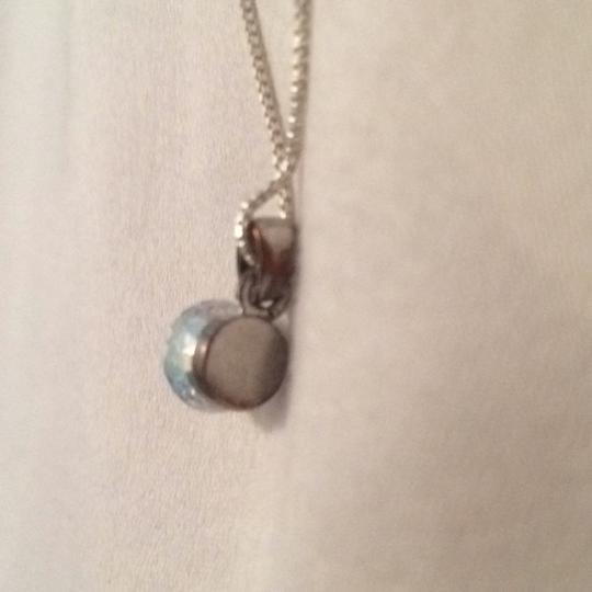 Unknown silver box chain crystal pendant