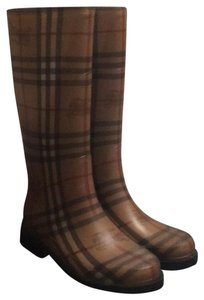 Burberry black and checkered pattern Boots