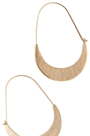 Preload https://img-static.tradesy.com/item/24499252/anthropologie-gold-crescent-earrings-0-1-540-540.jpg