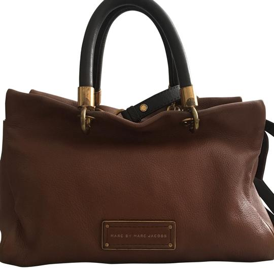 Preload https://img-static.tradesy.com/item/24499284/marc-by-marc-jacobs-too-hot-to-handle-brown-and-tan-leather-cross-body-bag-0-1-540-540.jpg