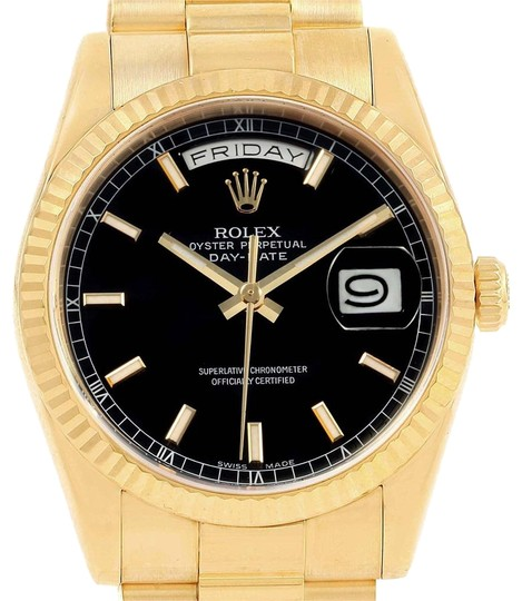Preload https://img-static.tradesy.com/item/24499426/rolex-black-president-day-date-dial-yellow-gold-mens-118238-watch-0-1-540-540.jpg