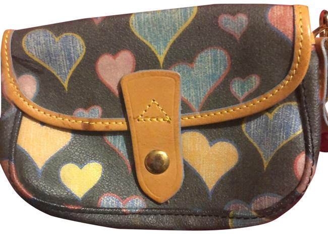 Item - Hearts Multicolor Wristlet