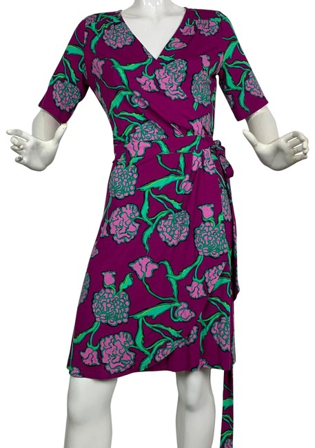 Preload https://img-static.tradesy.com/item/24499584/lilly-pulitzer-multi-color-floral-purple-rayon-wrap-short-casual-dress-size-8-m-0-2-650-650.jpg