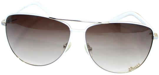 Preload https://img-static.tradesy.com/item/24499606/gucci-whitebrown-gradient-gg4209s-wqced-goldwhitebrown-62-11-sunglasses-0-1-540-540.jpg