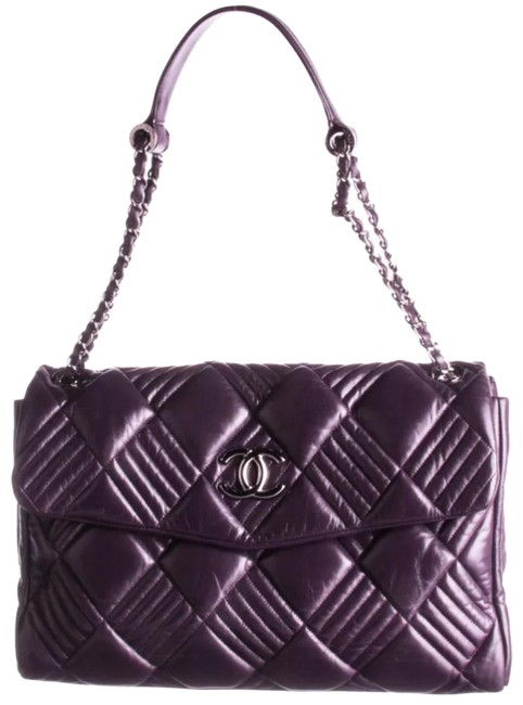 Item - Classic Flap In and Out Jumbo Maxi Purple Lambskin Leather Shoulder Bag