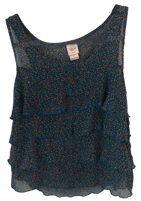 Preload https://img-static.tradesy.com/item/24499932/mossimo-supply-co-cute-blouse-size-8-m-0-2-650-650.jpg