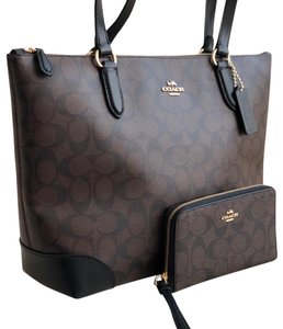 Coach Tote In Black Brown