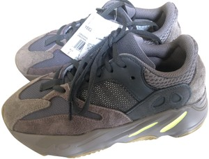 adidas X Yeezy Boost 700 Boost Sneakers Trainers Mauve Athletic