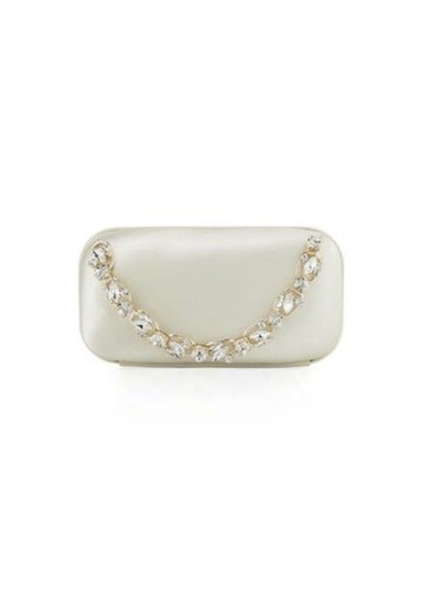 Preload https://img-static.tradesy.com/item/24500783/badgley-mischka-capture-ivory-satin-clutch-0-1-540-540.jpg