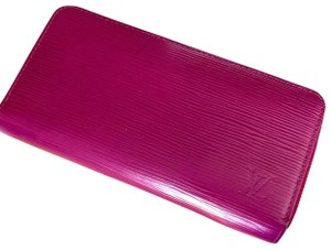 Louis Vuitton Louis Vuitton Fuchsia Epi Leather Zippy Wallet