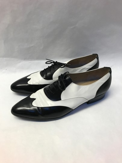 Salvatore Ferragamo Leather Vintage White and Black Baroque Lace Up Formal Shoes Formal Image 1