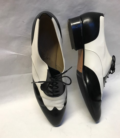 Salvatore Ferragamo Leather Vintage White and Black Baroque Lace Up Formal Shoes Formal Image 8