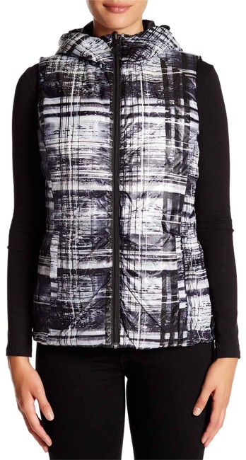 Preload https://img-static.tradesy.com/item/24501424/gerry-weber-multicolor-lightweight-reversible-down-with-hood-vest-size-8-m-0-1-650-650.jpg