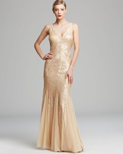 Adrianna Papell Gold Nude Sequins Beads Sheer Sleeveless V Neck Beaded with Illusion Cutouts Formal Bridesmaid/Mob Dress Size 10 (M)