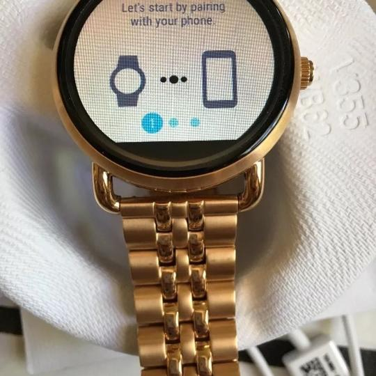 Fossil Fossil Q Wander Rose Gold Stainless Steel Touchscreen Smartwatch Image 3
