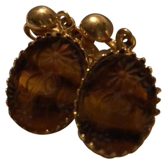 Preload https://img-static.tradesy.com/item/24502678/brown-and-gold-none-earrings-0-1-540-540.jpg