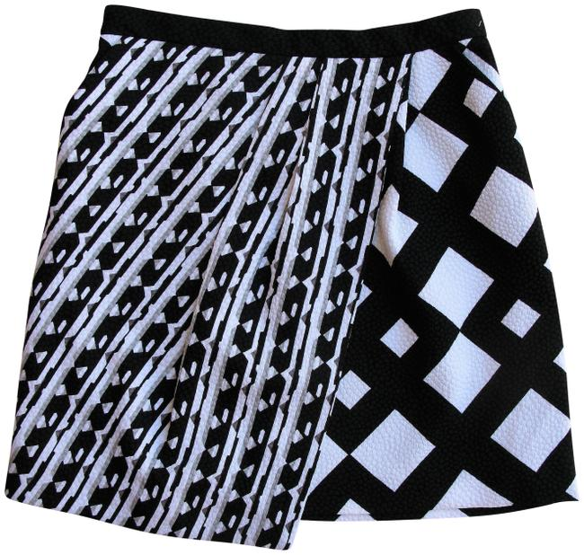 Preload https://img-static.tradesy.com/item/24502894/peter-pilotto-for-target-black-and-white-wrap-effect-printed-cloque-skirt-size-4-s-27-0-1-650-650.jpg