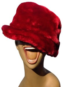 Flag accessories Nwt flag accessories red faux fur hat