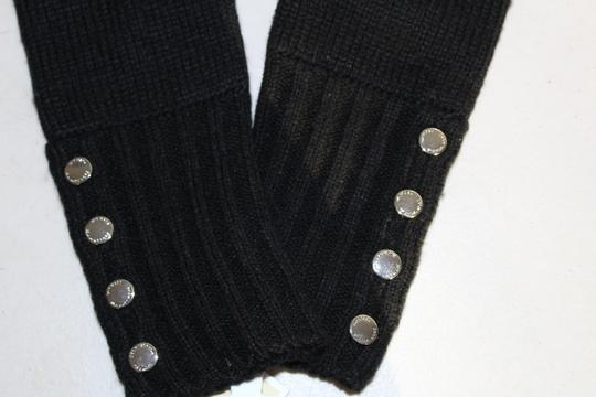 Michael Kors NWT MICHAEL KORS BUTTON DETAILED GLOVES BLACK ONE SIZE 537586 Image 2