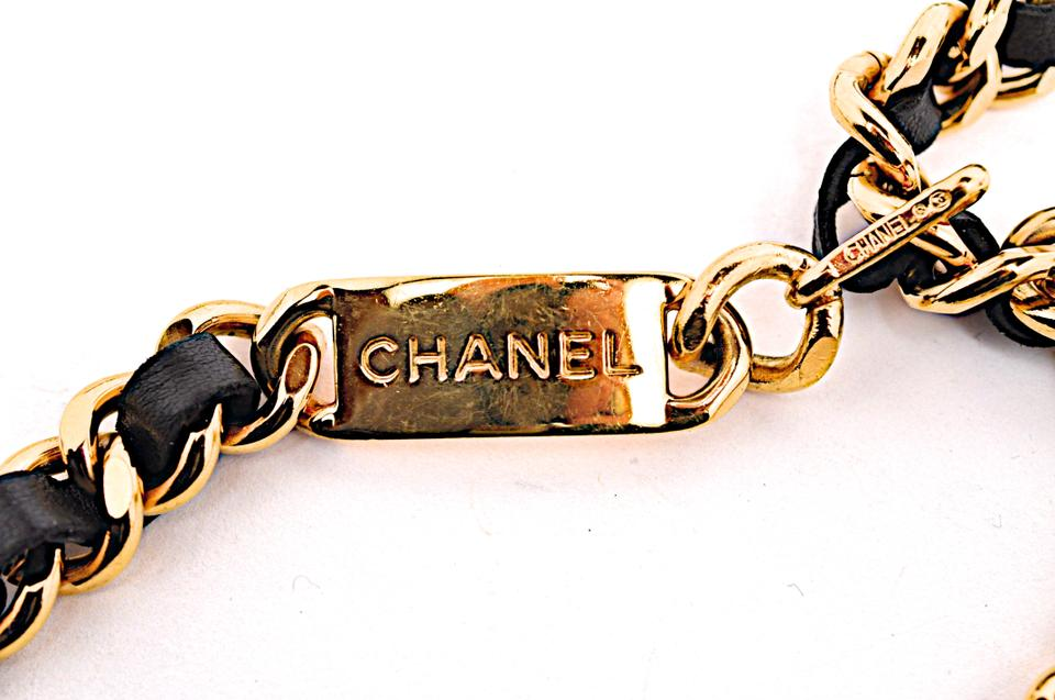 6f2b758ee56910 Chanel CHANEL VINTAGE BELT France Medallion CC Logo Coin Gold Chain Leather  Image 6. 1234567