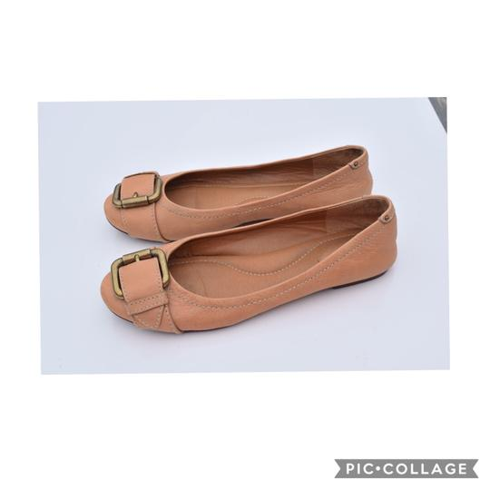 Fossil light tan Flats Image 1