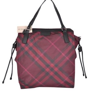 Burberry Tote in Red black check